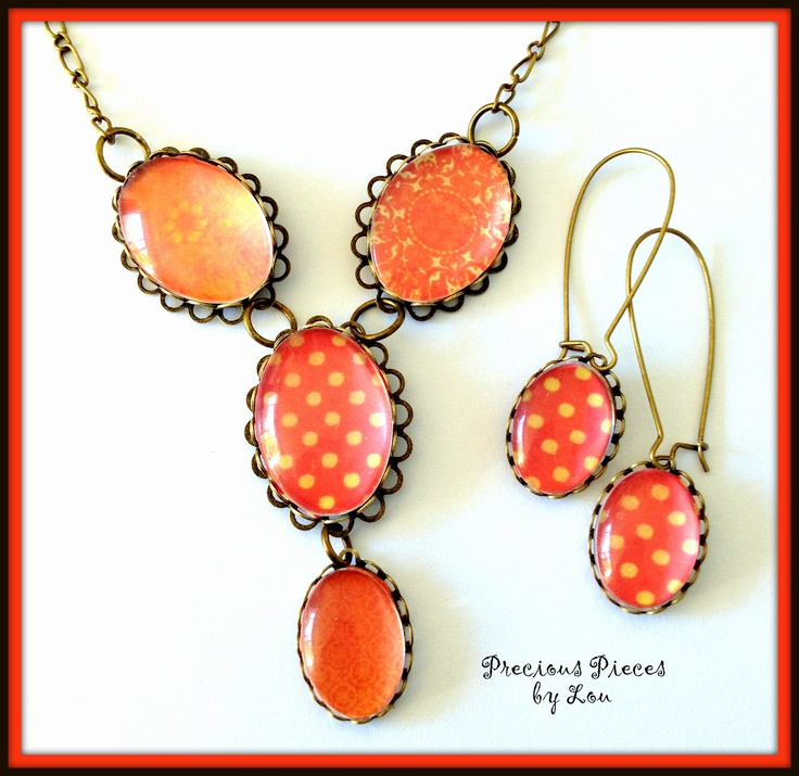 Coral delight- Glass dome Pendant and matching earrings