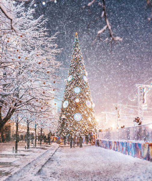 magic-time-in-moscow-5847d52165dd9__700