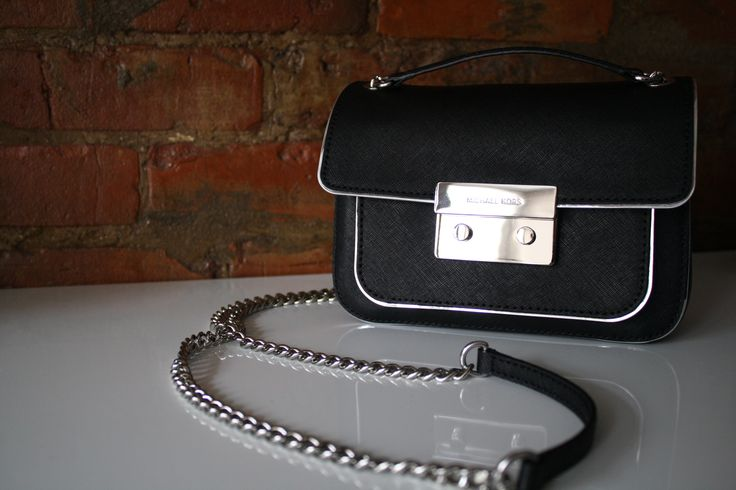 Black & silver Michael Kors crossbody bag perfect for day or night