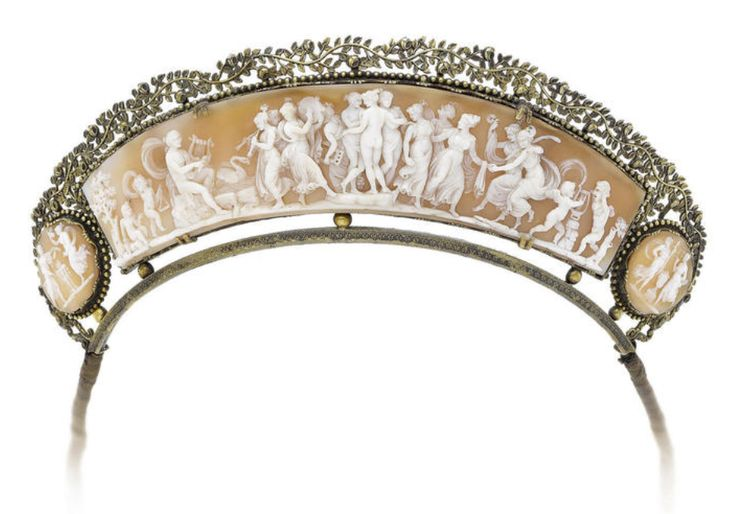 The long central shell panel depicting the three Graces at the centre of a festival of music and dance  | carnelian shell, ca. 1820-30