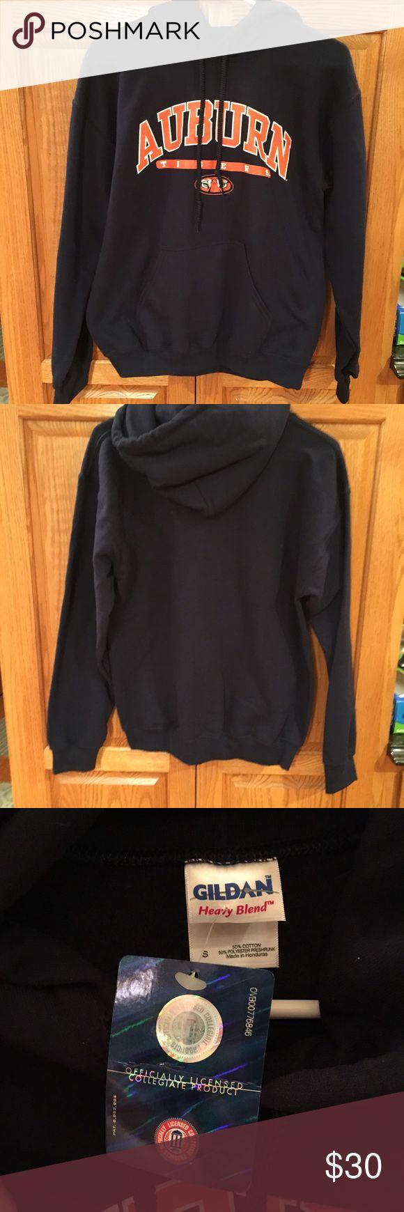 NWT Auburn University Hoodie Size Small NWT Auburn navy hoodie. Size Small. Gildan Tops Sweatshirts & Hoodies
