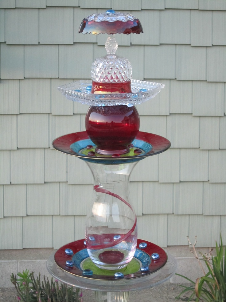 Lynn louise designs handmade upcycled glass yard for Upcycled yard decor