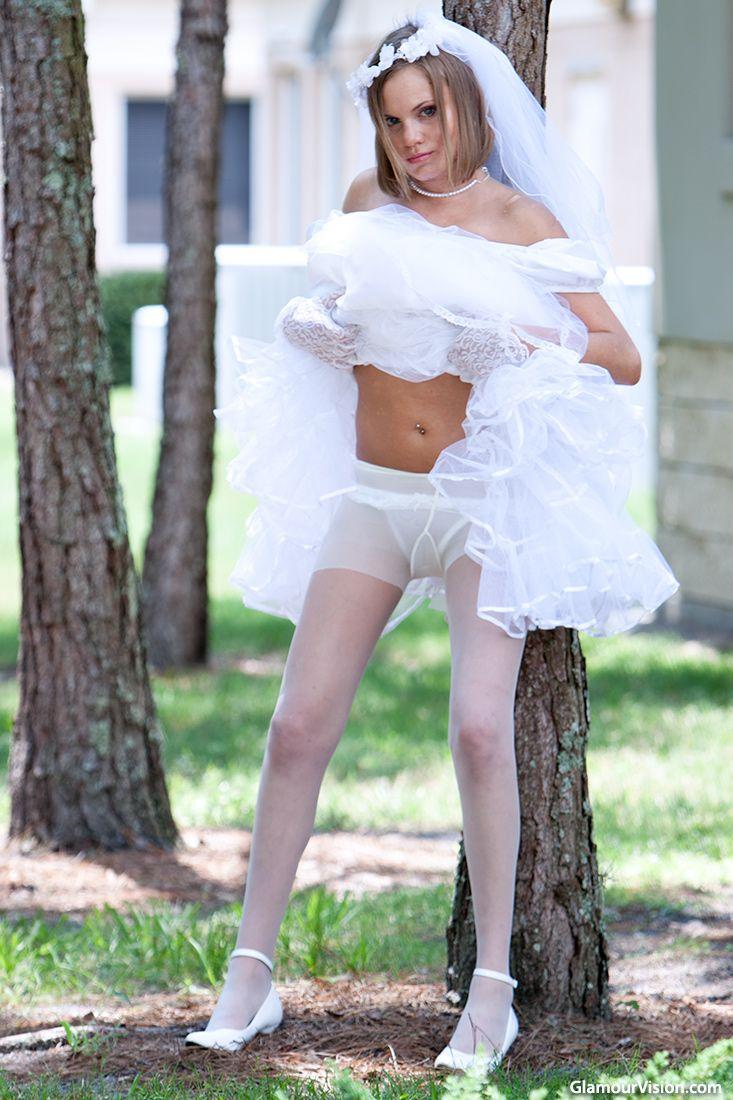 foto de 88 best Glamour Vision images on Pinterest Petticoats