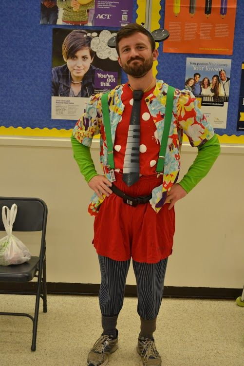 ...  with spirit week comes the craziest day of all, Wacky Tacky Day. Description from whslionspride.com. I searched for this on bing.com/images