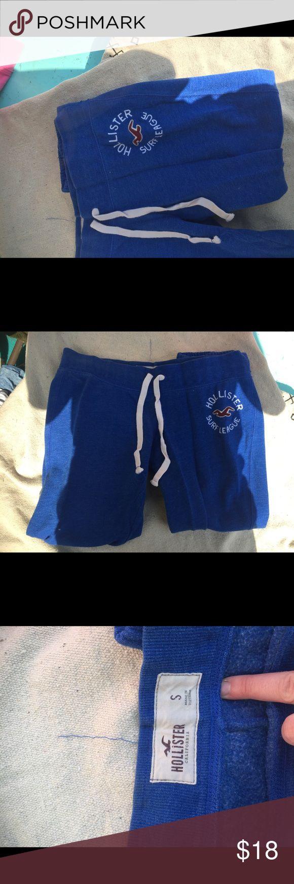 Hollister blue sweatpants Blue hollister sweatpants cropped bottoms with adjustable waist Hollister Pants Track Pants & Joggers