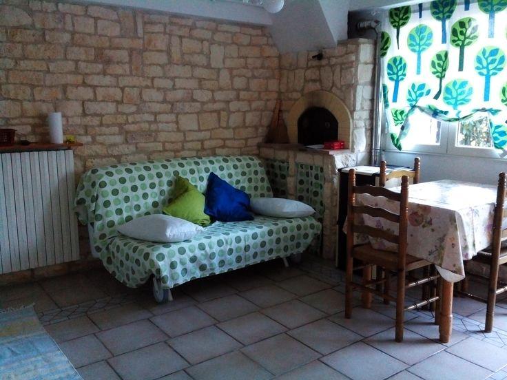 Mini appartamento di circa 30 mq , immerso nel verde e in prossimità di tutti i servizi.