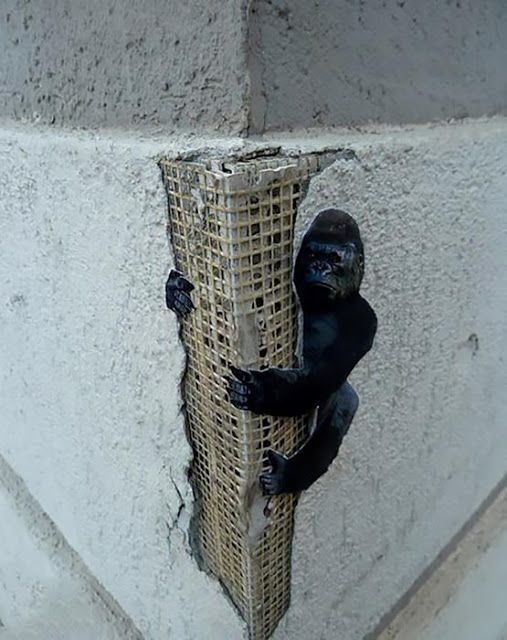 King KongAn anonymous tipster just sent us an image from this brilliant street piece which just spawned somewhere on the streets of Zakamsk in Russia. As usual, placement is king, and this super clever artwork is taking advantage of the building's structure where the artist placed the almighty King-Kong as if he was hanging onto a skyscraper. The piece isn't signed so if the piece is yours drop us an email! Via StreetArtNews