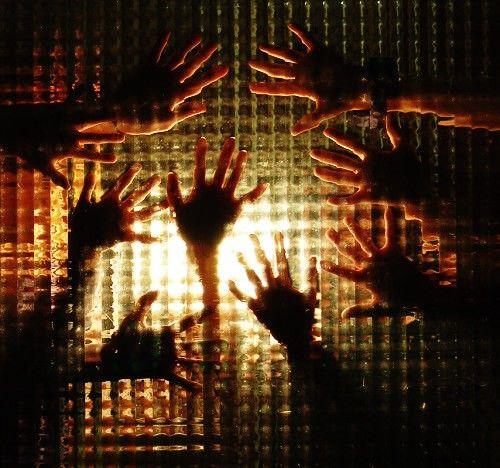 Jigsaw Rooms Katowice www.jigsawrooms.pl                Wyjdziesz?