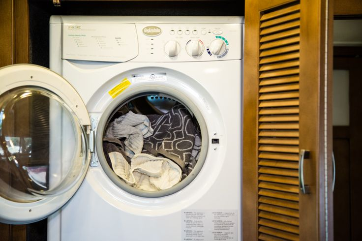 The easiest way to do RV laundry - lots of great tips!