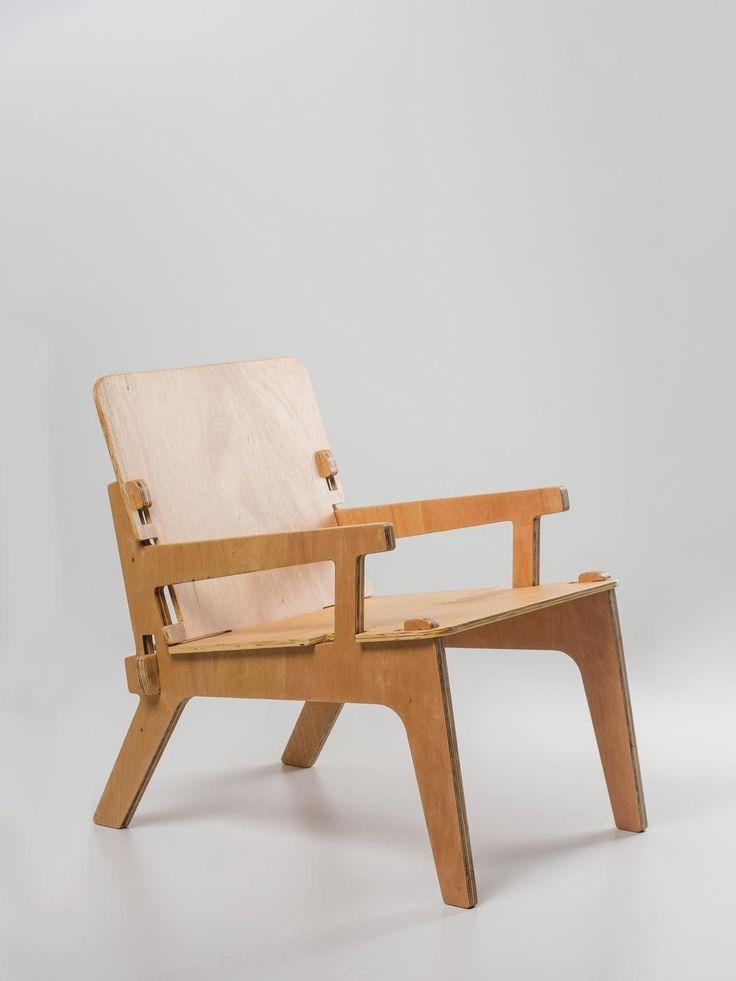 die besten 25 sperrholz tisch ideen auf pinterest sperrholzm bel schreibtisch und. Black Bedroom Furniture Sets. Home Design Ideas