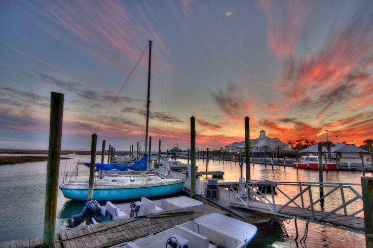 17 best images about a taste of murrells inlet sc on for Hot fish club murrells inlet
