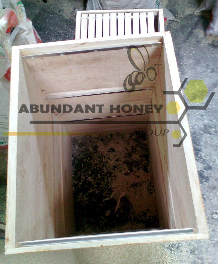 Apicultura y apiarios en Bogotá colombia,fabrica de material apicola,colmenas,excluidores,alzas,tec