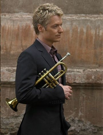 Chris Botti - Smooth Jazz, I love how he always shows respect & modesty with his other musicians