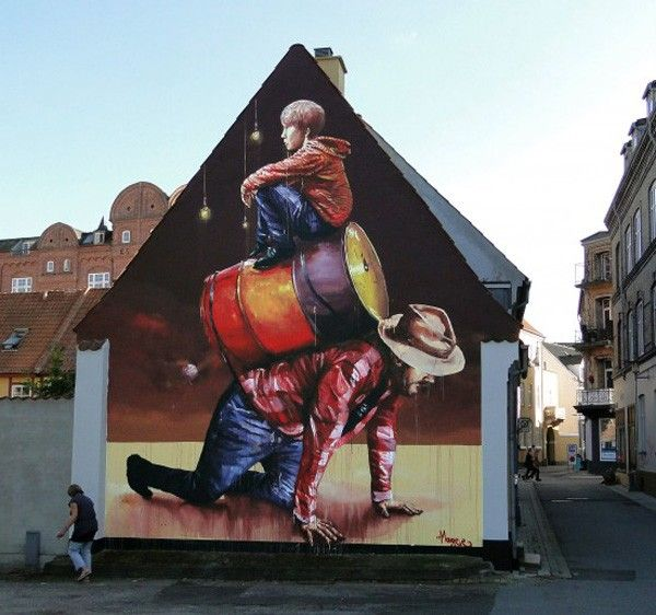 - Street Art by Fintan Magee  <3 <3