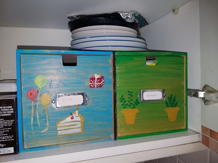Acrylic painted wooden spice container box