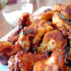 Braai Day buffalo-wings http://cookbook.co.za/chicken-recipes/braai-day-buffalo-wings/#