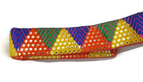 Espejo moldura colorido indio espejo adorno Sari frontera India vestido sari blusa ancho 02 pulgadas-precio de yarda-01 IDL09  «Precio de yarda 01»  CÓDIGO DE PRODUCTO-IDL09 Pulgadas de ancho - 02 Cordón del Color COLOR - espejo  USA:- * Vestido de diseño * Pelo accesorio (jefe creativo de bandas) * Creativos bolsos de mano * Fabricación de la joyería mano * Marcos de diseño * Joyería * Cinturones * Diseño Dupatta/bufanda * Novia/novia/dama de honor desgaste * Fiesta desgaste * Decorar…