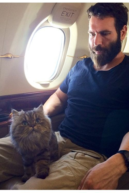 10 Things You Didn't Know About Dan Bilzerian | http://www.ealuxe.com/things-didnt-know-dan-bilzerian/