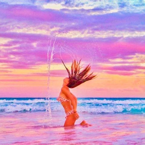 We Love This Pink Sunset Splash