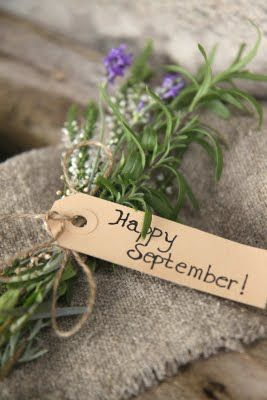 happy September indeed...: Teacher Gifts, Happy September, Gifts Ideas, Autumn, Cute Ideas, Sweet Gifts, Gifts Tags, Little Gifts, Wraps Gifts
