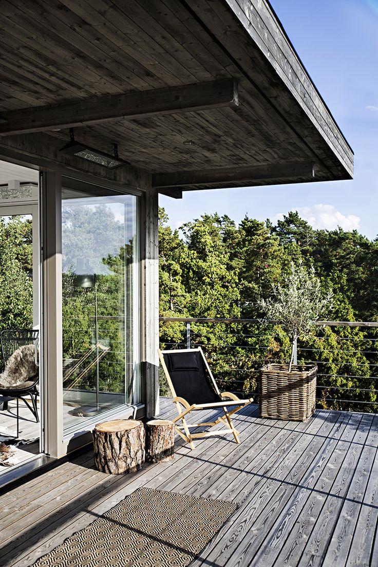 Skandinavisk Sommarvilla - www.sommarnojen.se #architecture #summerhouse #view #sommarhus #fritidshus #skandinaviskdesign #sommarnöjen