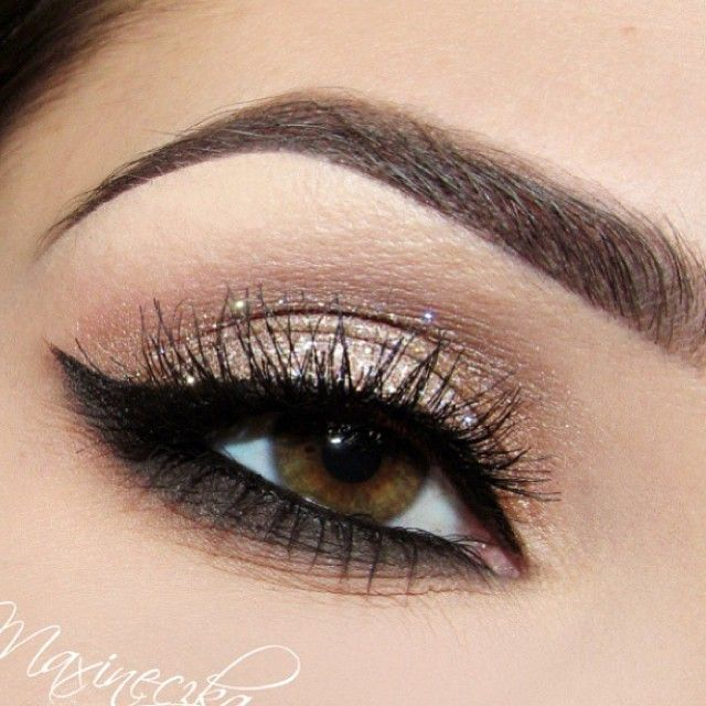 PRETTY just make sure not to smudge the bottom part that much
