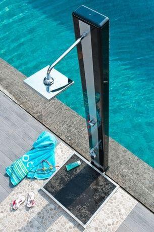 Les 25 meilleures id es de la cat gorie douche exterieure for Douche de piscine castorama
