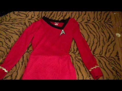 I'm going to Comic Con in one week!! I have to make this! How to Make a Lt. Uhura Costume Easy - YouTube