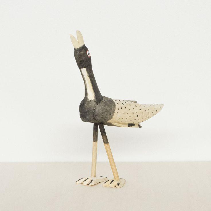 70年代にメキシコ、オアハカで作られていた鳥のウッドカービングを、当時の製法にこだわって復刻しました