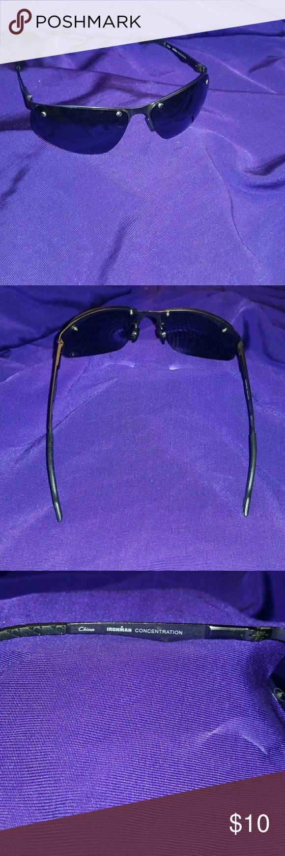 Foster Grant Ironman sunglasses Good condition wears good Foster Grant Accessories Sunglasses