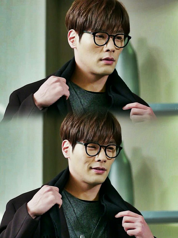 no one rocks a glasses like choi daniel rocks a glasses ♥️