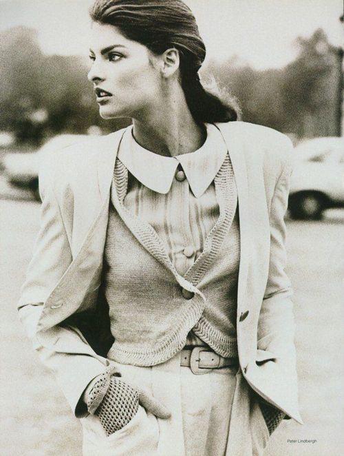 """Fashion '88 Perfect Contrasts"", Vogue UK, December 1987  Photographer: Peter Lindbergh  Model: Linda Evangelista"
