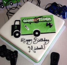 Games Trucks Cake, Videos Games, Lincoln Games, Games Parties, Video Game Truck Cake