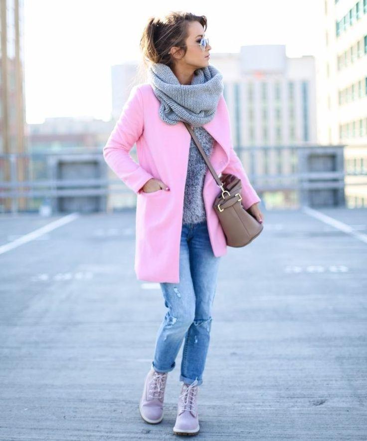 Różowy płaszczyk