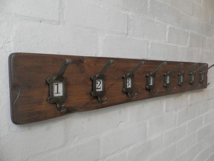 Garderoben - Handgemacht Holz Mantelablage 100cm mit No 1-8 - ein Designerstück von RusticWoodenCrafts bei DaWanda