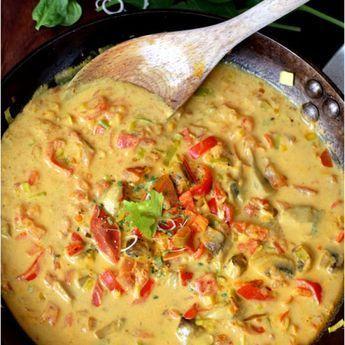 Nyttig thaisoppa med röd curry och kokosmjölk (laktosfri & glutenfri)