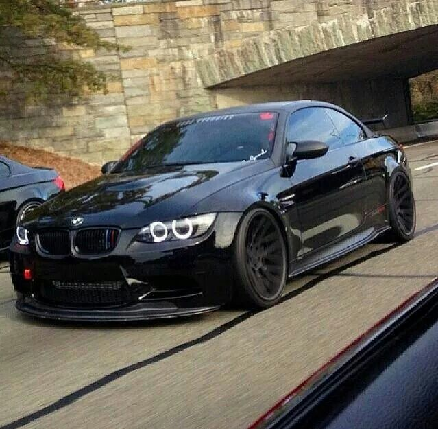 BMW E92 M3 black slammed