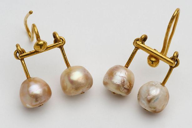 Earrings found in Pompeii and Herculaneum, buried in the volcanic eruption of Mount Vesuvius in 79 AD.