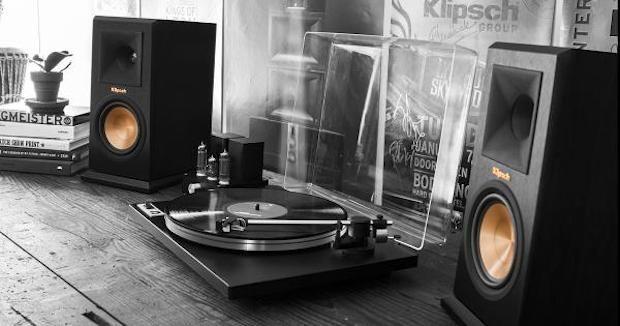 Stylish Sound Quality! The Klipsch Reference Premiere Bookshelf Speakers