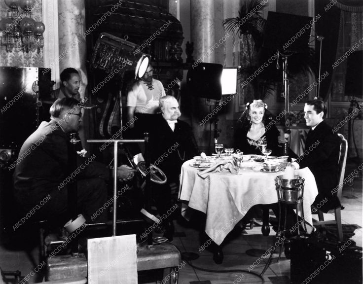 candid behind the scenes Henry King Tyrone Power Alice Faye In Old Chicago 1868-07