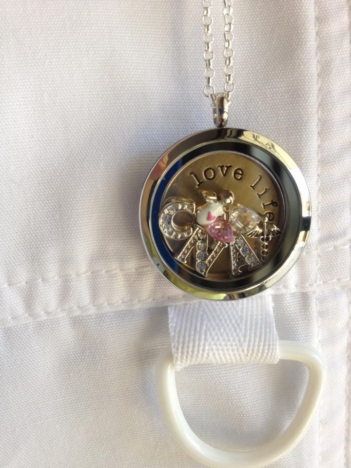 CNA locket 9 best Certified Nursing AssistantNurse