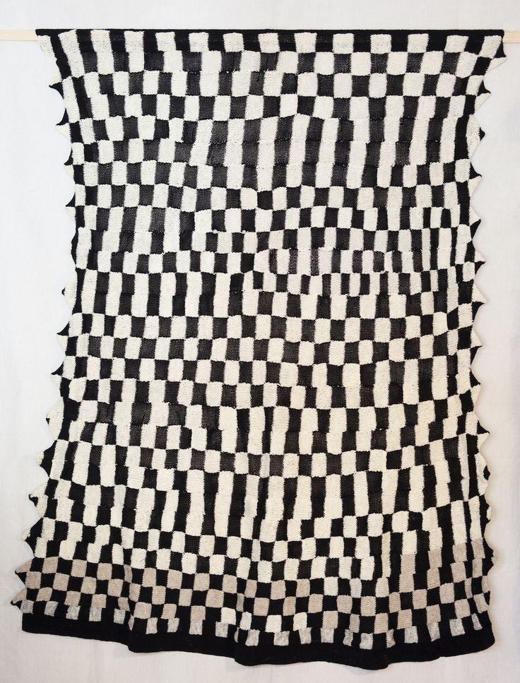 140X160cm, knitting. Wool. 2015. Amparo de la Sota