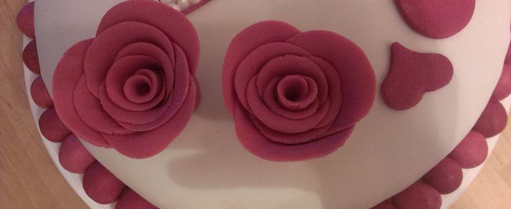 Fondant Torte mit Rosen