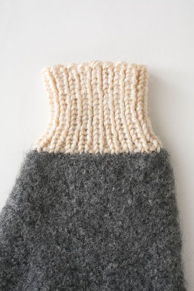 These warm and cozy mittens are perfect for the ever-elusive snow day. With their simple design and felted finish, the Snow Day Mittens are the only gloves you need. Plus, need a refresher on the long-tailed cast on method? Check out our instructional video!