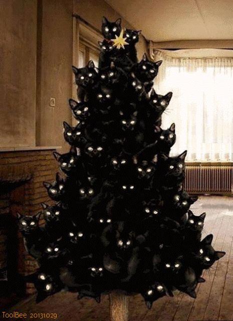 ВСЕ СВЯЗАНО. ROSOMAHA.: Креативная ёлка для вязальщиц-любителей котов и кошек!