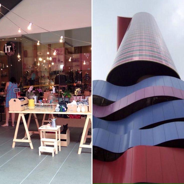 M O L E Bags  It Design: peças de vestuário objetos de design e papelaria compõe a charmosa loja do Instituto Tomie Ohtake.  E agora uma coleção linda de MOLE Bags desembarca por lá. Parceria irresistível! #molebags #feitoamao #upcycledleather #lojaitdesign #tomieohtake #institutotomieohtake @nara_ota