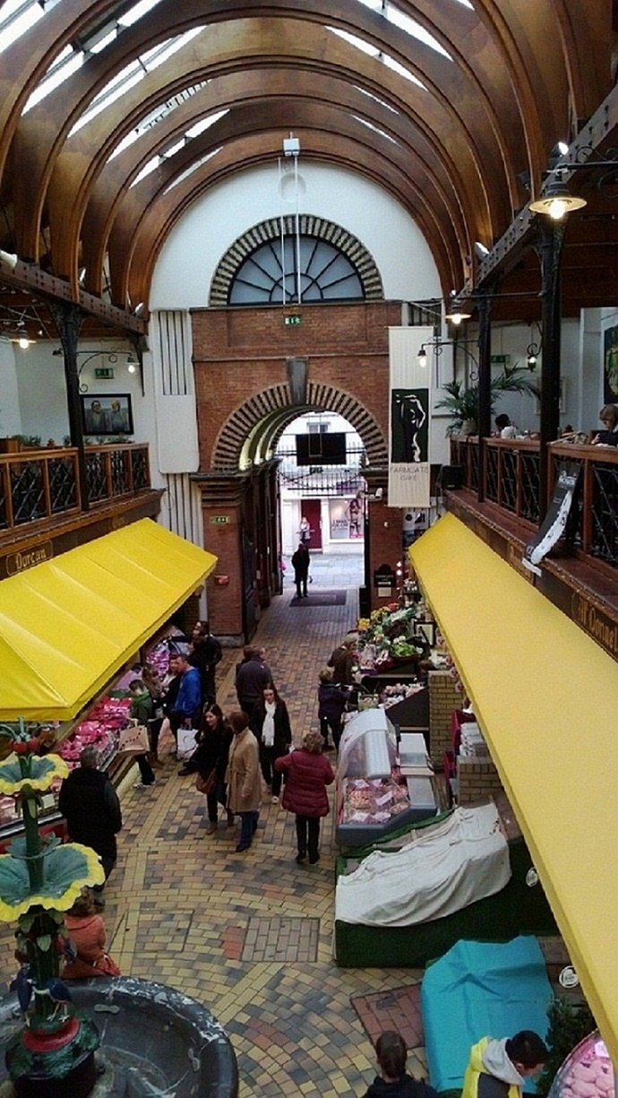 Saturday afternoon in the English Market