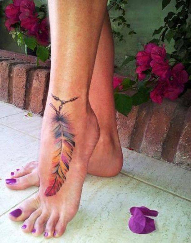 Bunte Feder Fuss Tattoo