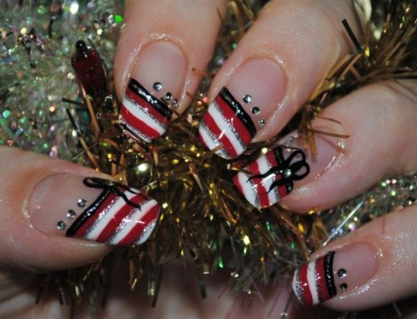Uñas de Navidad: imágenes con los mejores diseños, uñas para navidad.  #uñasdecoradasnavidad #christmasnailsdesign #uñasañonuevo