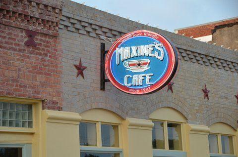 Maxine's Cafe in Elgin TX